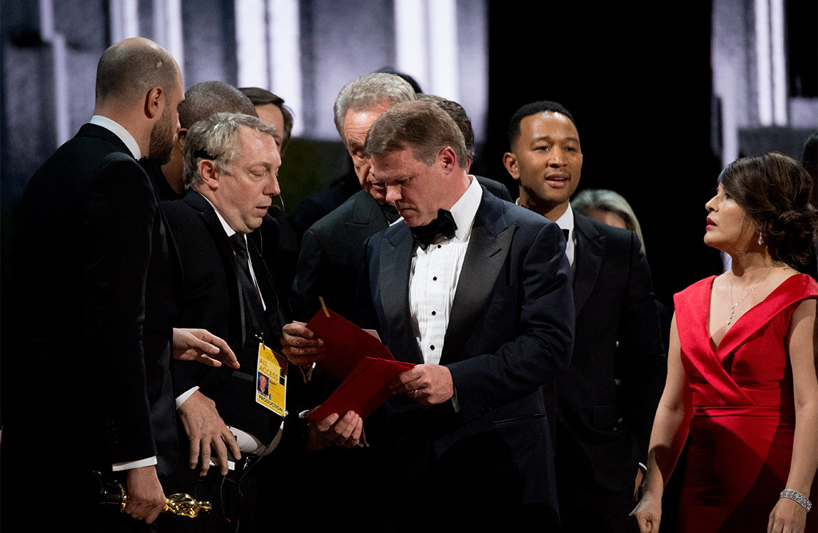 Producers onstage correcting the mix-up regarding Best Picture during The 89th Oscars® at the Dolby® Theatre in Hollywood, CA on Sunday, February 26, 2017. Phil McCarten / ©A.M.P.A.S.