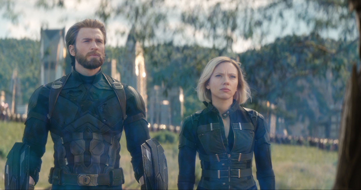 Captain America/Steve Rogers (Chris Evans) and Black Widow/Natasha Romanoff (Scarlett Johansson) in Marvel Studios' AVENGERS: INFINITY WAR