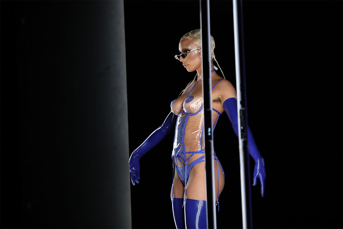 Jazzelle Zanaughtti poses in hot blue lingerie for Savage X Fenty 2020 ©Jerritt Clark/Getty Images