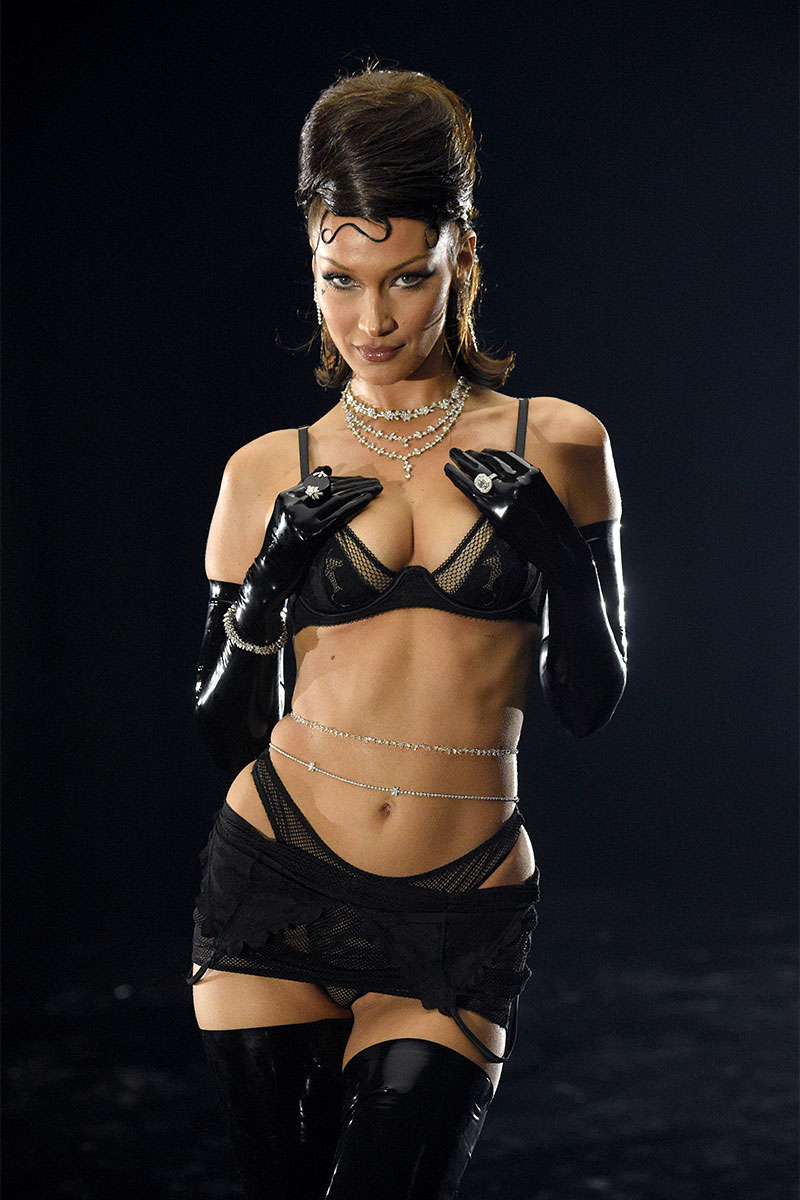 Bella Hadid in sexy lingerie at the Savage X Fenty Show 2020 ©Jerritt Clark/Getty Images